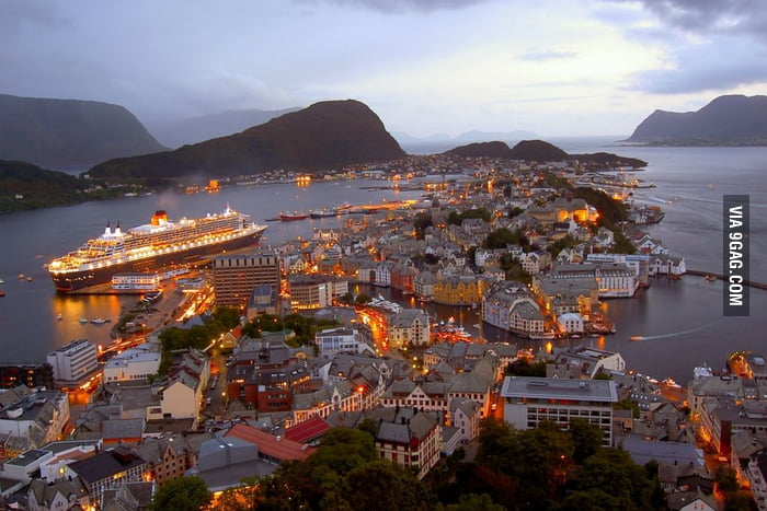 I want to live here: Ålesund, Norway
