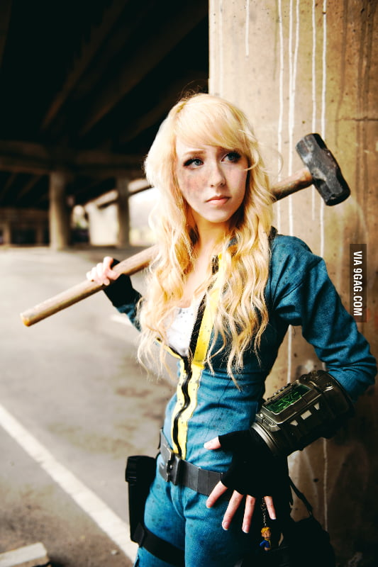 Fallout 3 Cosplay byFrauette