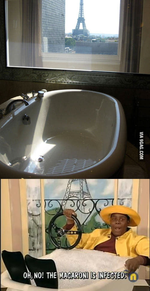 Anyone else think of this after seeing Bathtub with a view?
