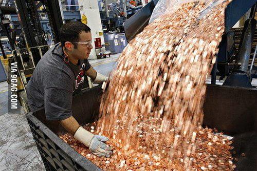 Samsung Pays Apple $1 Billion Sending 30 Trucks Full of 5 Ce