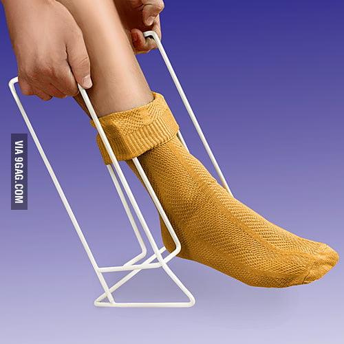 The Lazy Sock Aid