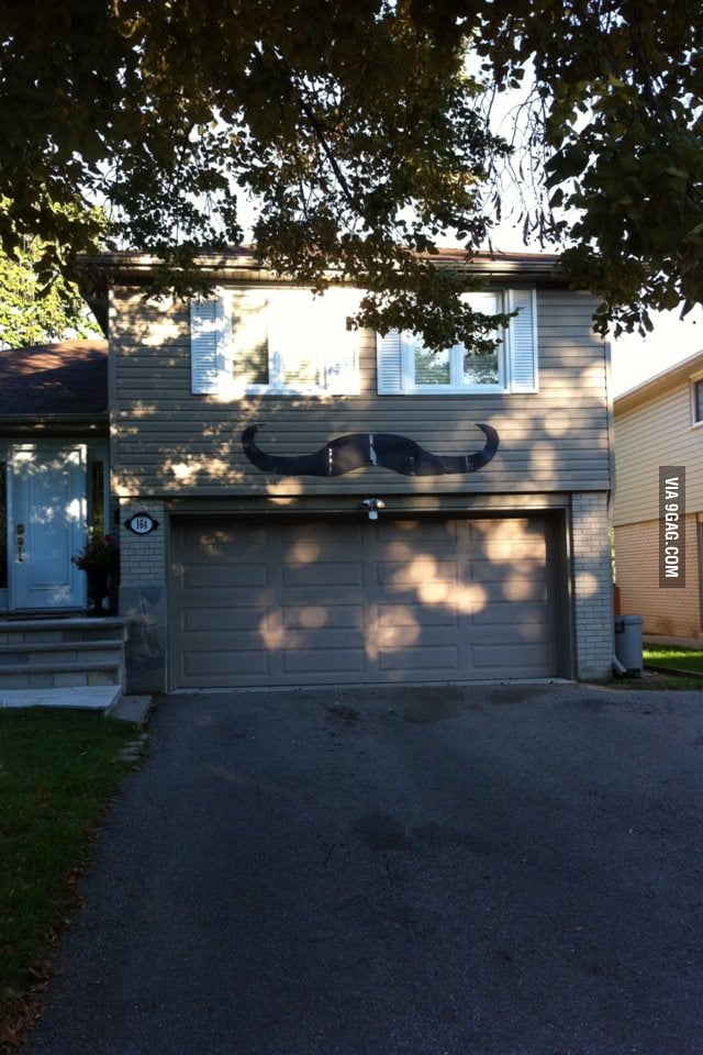 Garage like a sir.