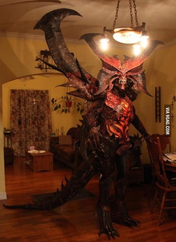 Diablo cosplay