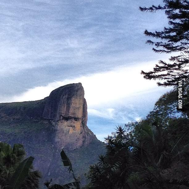 Here's a mountain that looks like Johny Bravo.