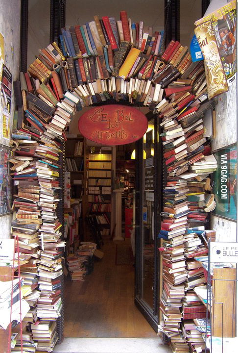 The entrance of a bookstore (in Lyon)