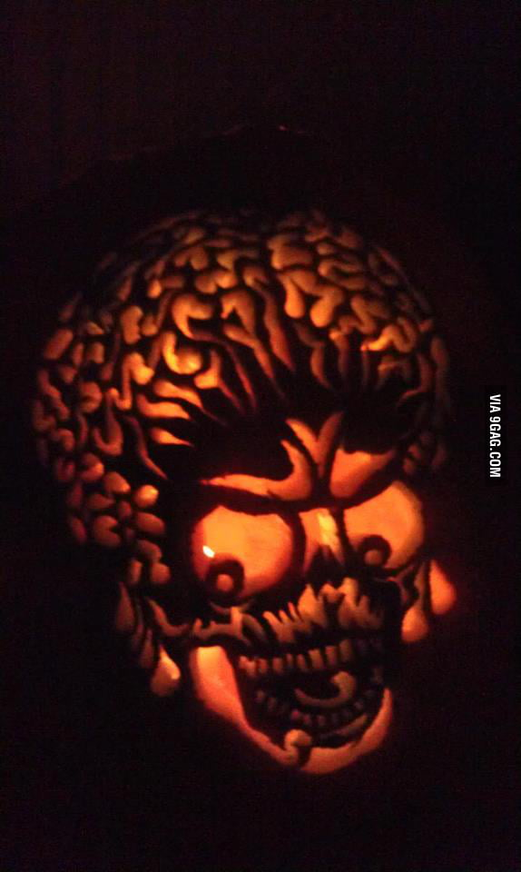Awesome Pumpkin Carving: Mars Attacks!