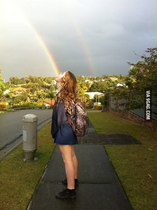 How Lesbians Signal Other Lesbians