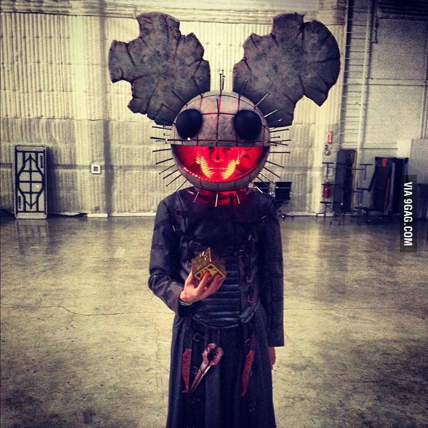 Halloween doing it like Deadmau5