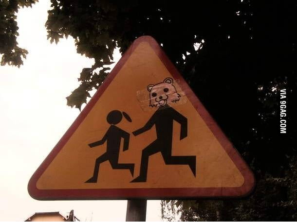Pedos crossing