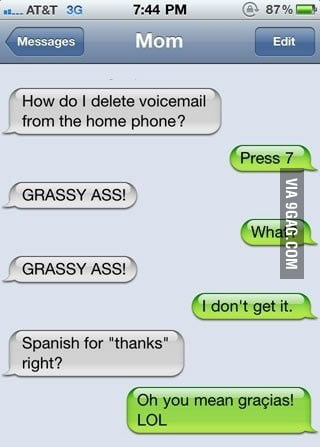 Mom trying to speak spanish