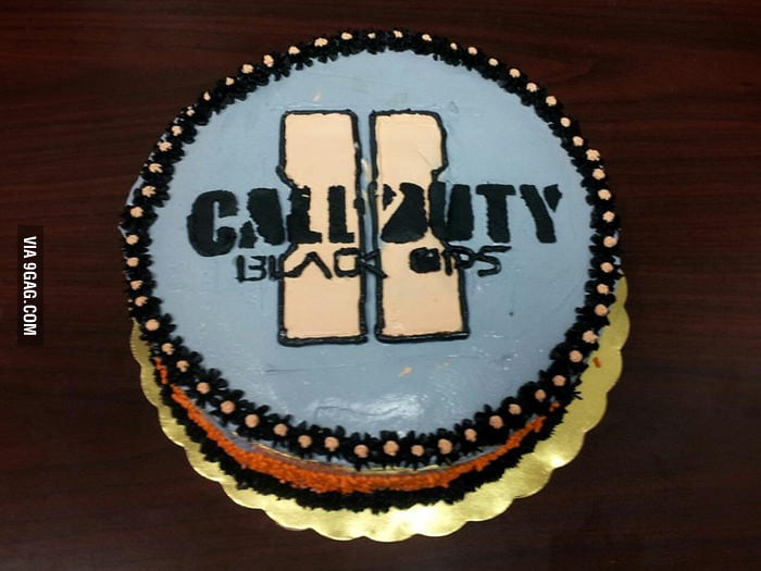 A birthday cake for the gamers!
