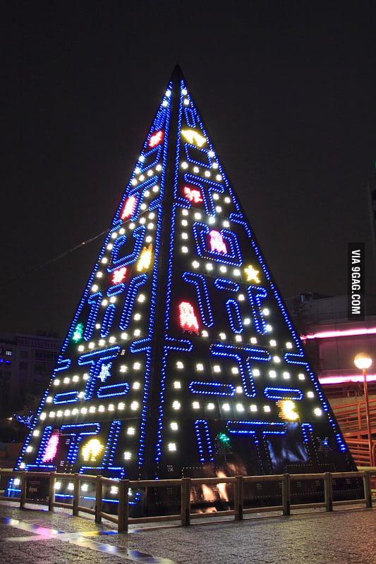 Pac-Man Christmass Tree