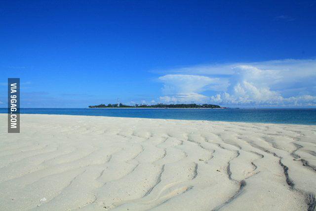Pasir Derawan Beach,East Kalimantan,Indonesia