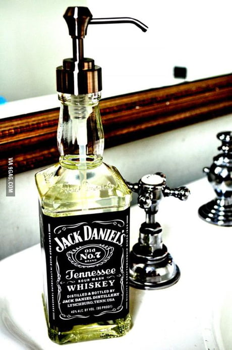 Welp A way to recycle a Jack Daniel's bottle - 9GAG FI-09