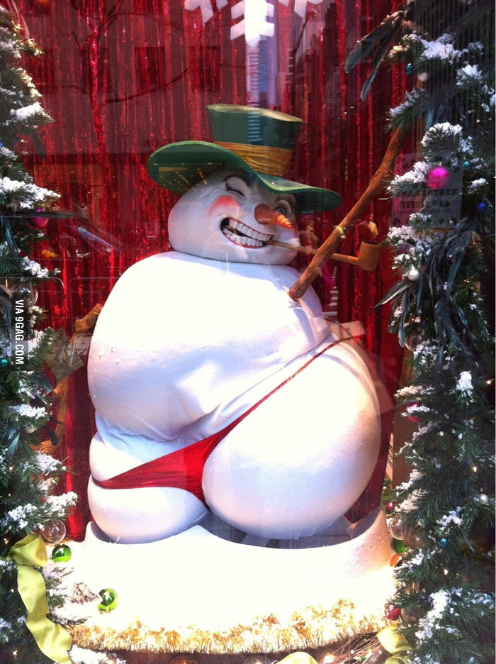 "Saw this ""sexy"" snowman on the 5th Ave."