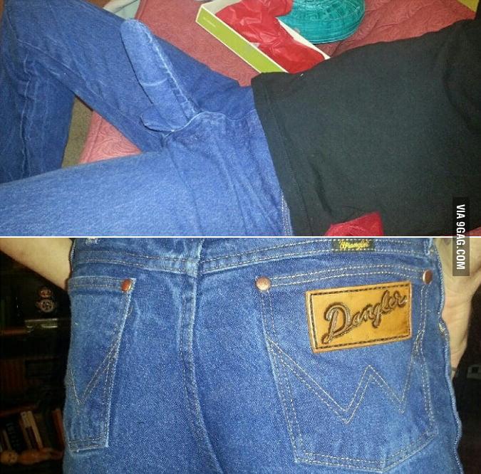 Sexy men's jeans.