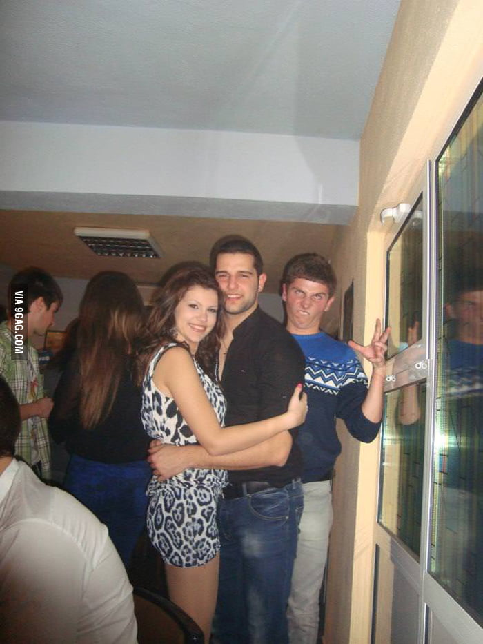 Epic photobomb.