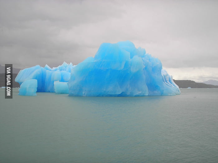 This is a beautiful iceberg.
