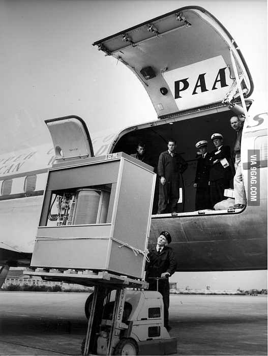 What a 5MB hard drive looked like in 1956.
