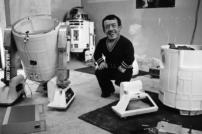 Kenny Baker, the man beneathe the dome