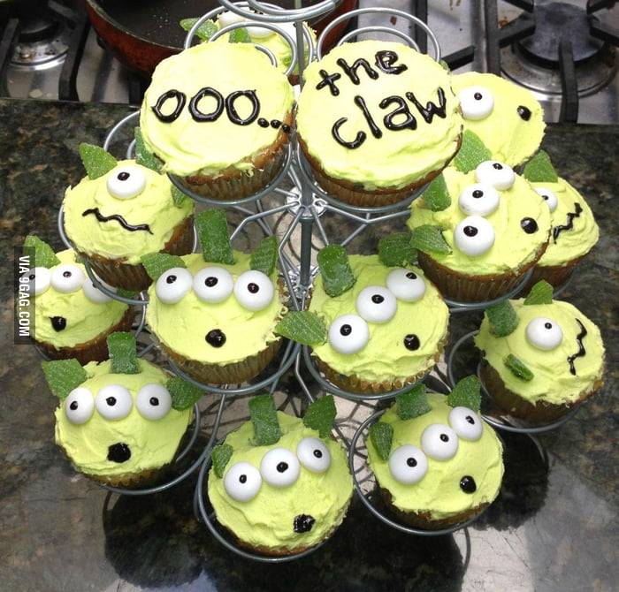 Ooo… the claw!