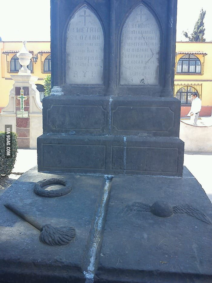 A Quidditch Player's grave near Mexico City? (died in 1891)