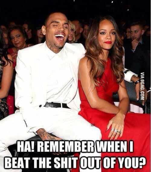 Grammy 2013... c'mon Rihanna