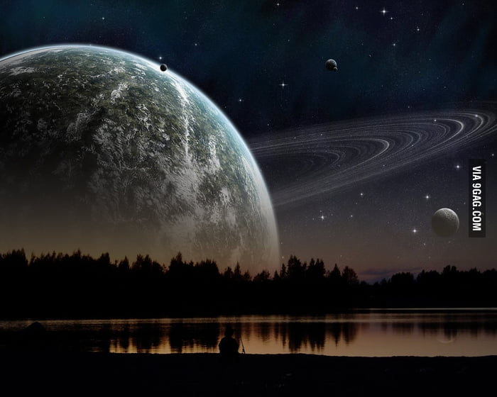 If Saturn were as close to Earth as the Moon is...