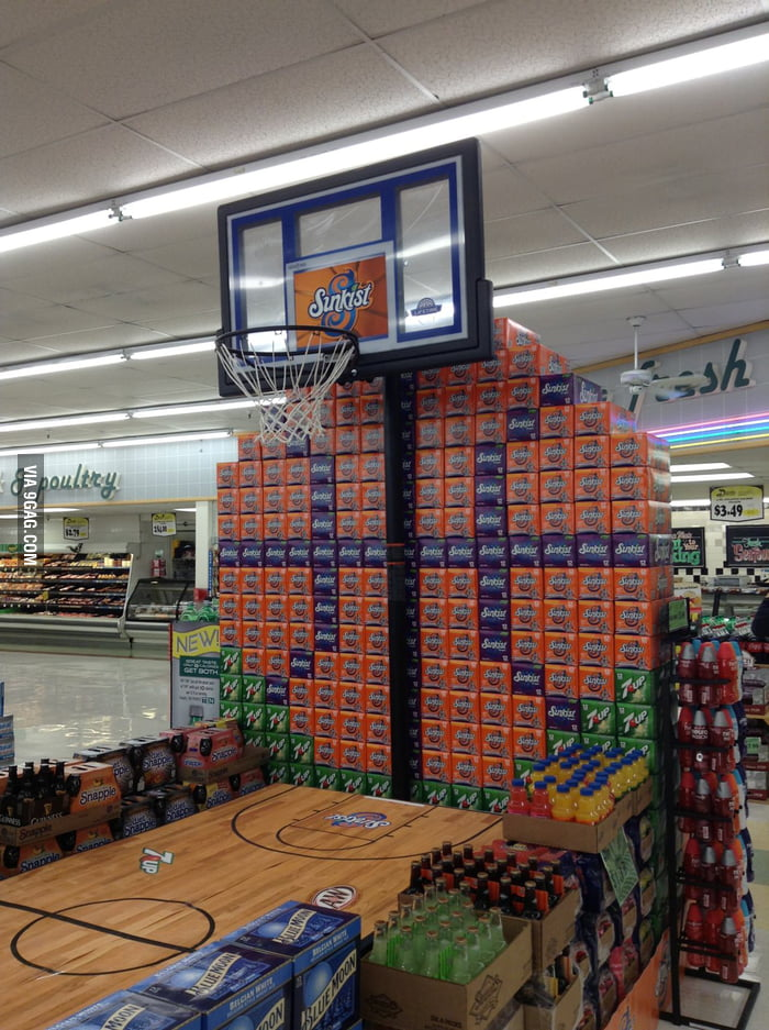 Best March Madness Grocery Store Display 9gag