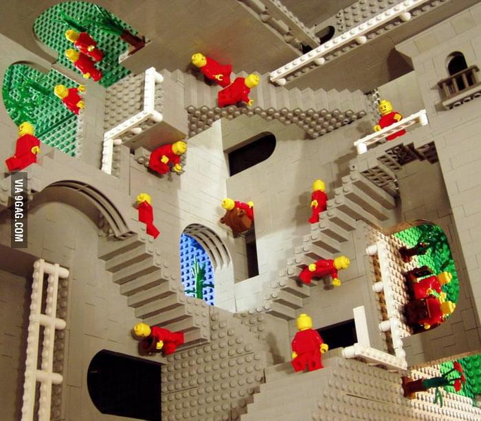 Lego surrealisme