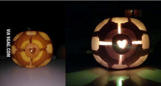 I made a Companion Cube Pumpkin!