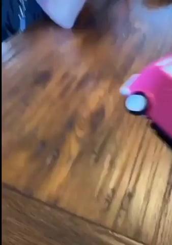 Little pink minivan record player