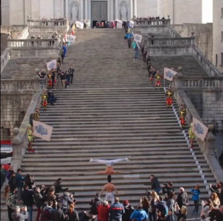 Guinness world record: Most amount of stairs climbed while balancing someone on head