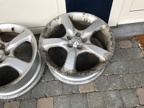 I've spent €200,- on rims with tires on them only to find