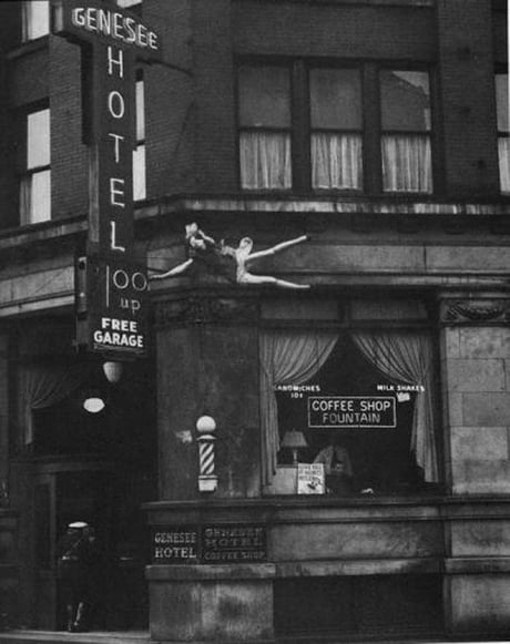 A woman leaps from the top floor of the Genesee Hotel in 1942.