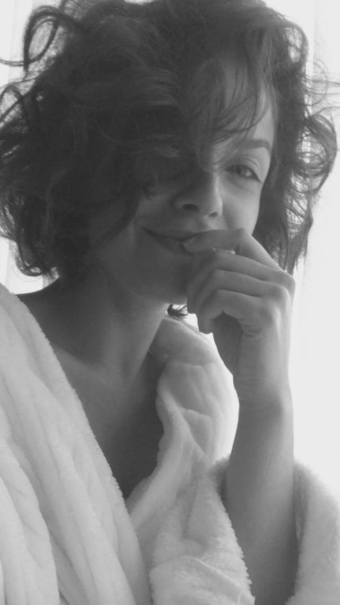 Annie Thurman Hot videos Elizabeth Hurley (born 1965),Yeng Constantino (b. 1988)