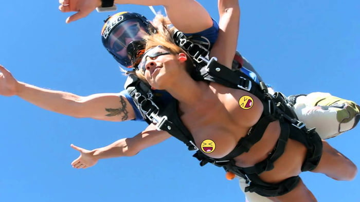 Sky diving naked
