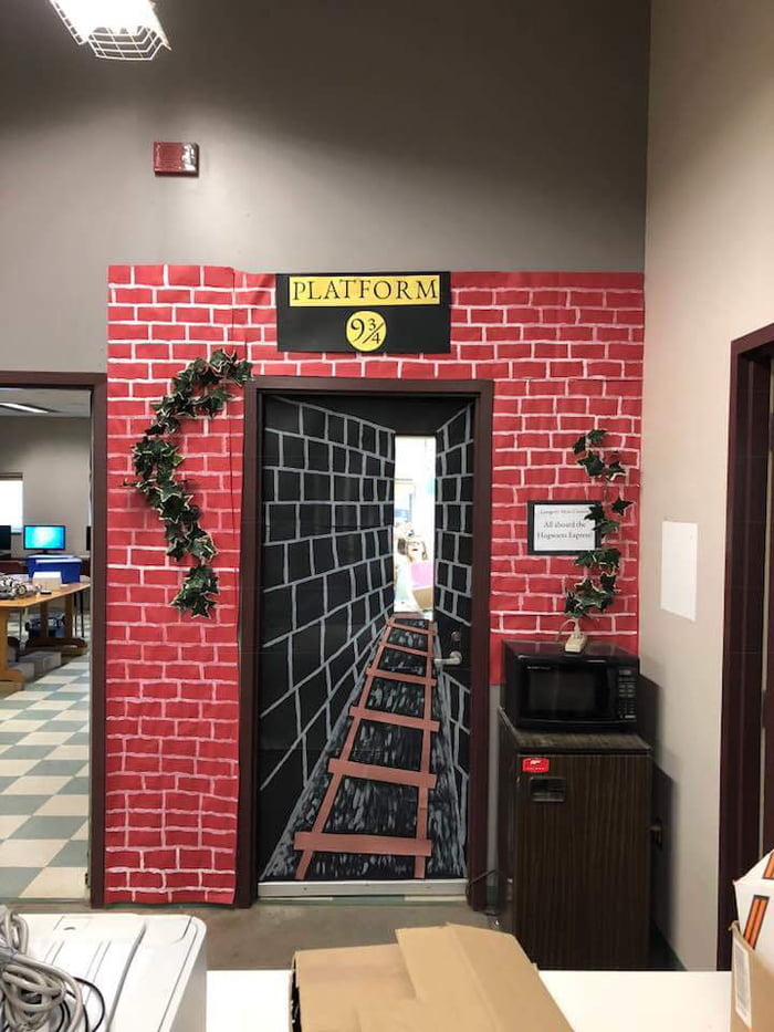 Door Decorating Contest With Harry Potter Entry 9gag