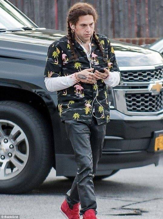 *listens to Post Malone once* Jonah Hill: - 9GAG
