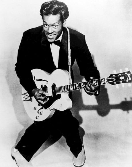 Today, another legend has passed away. R.I.P Chuck Berry, inventor of Rock'n'Roll. 2017 everybody...