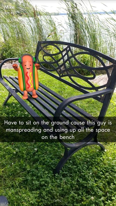 Hotdog spreading (WEEEEEEEEEEEEEEE)