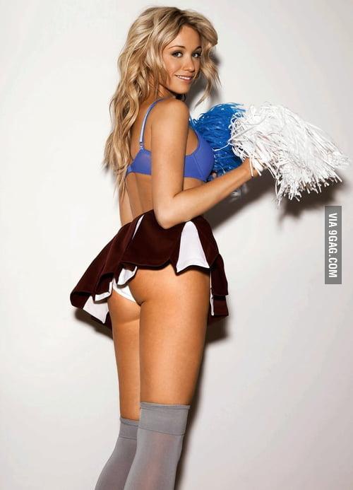 Cheerleader katrina bowden