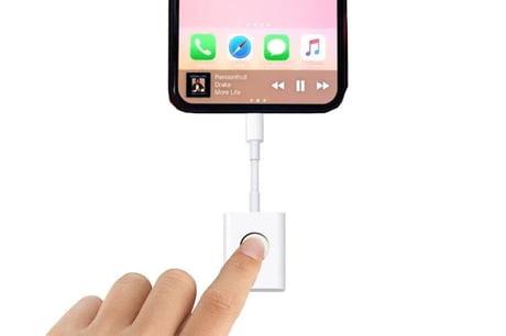 IPhone 8 be like