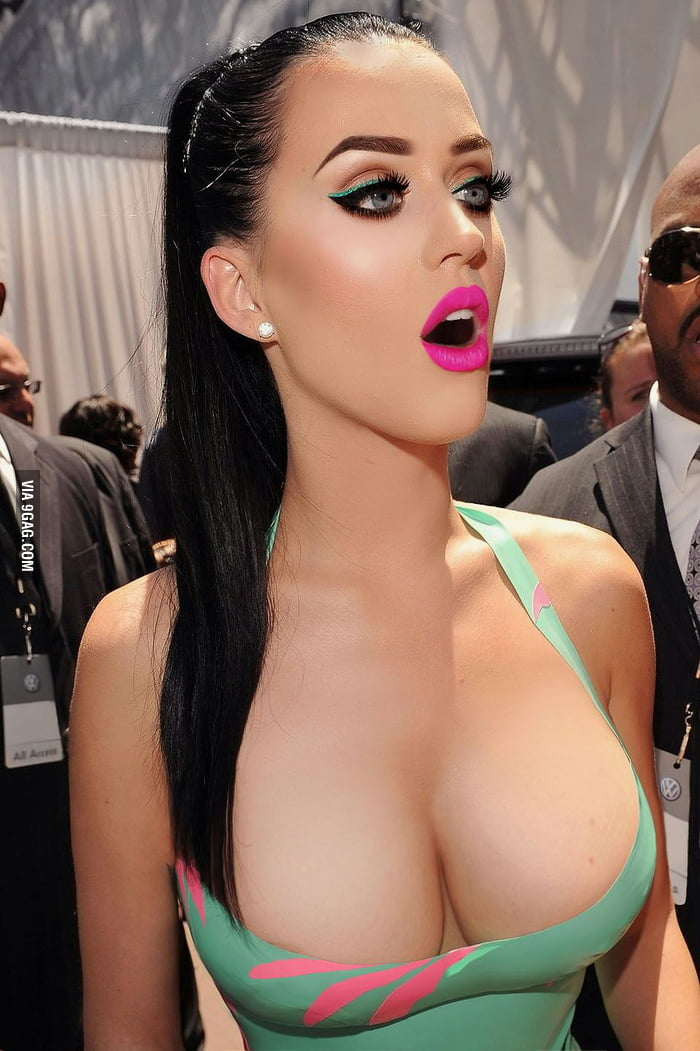 Katy perry nipples