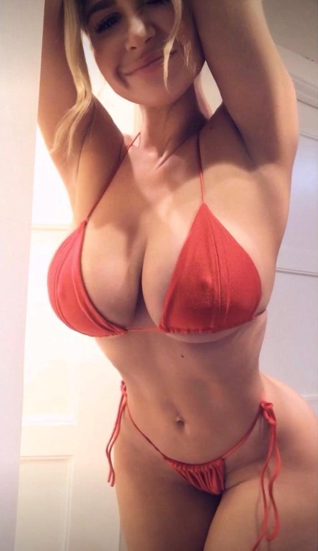 Lauren pisciotta - 9GAG