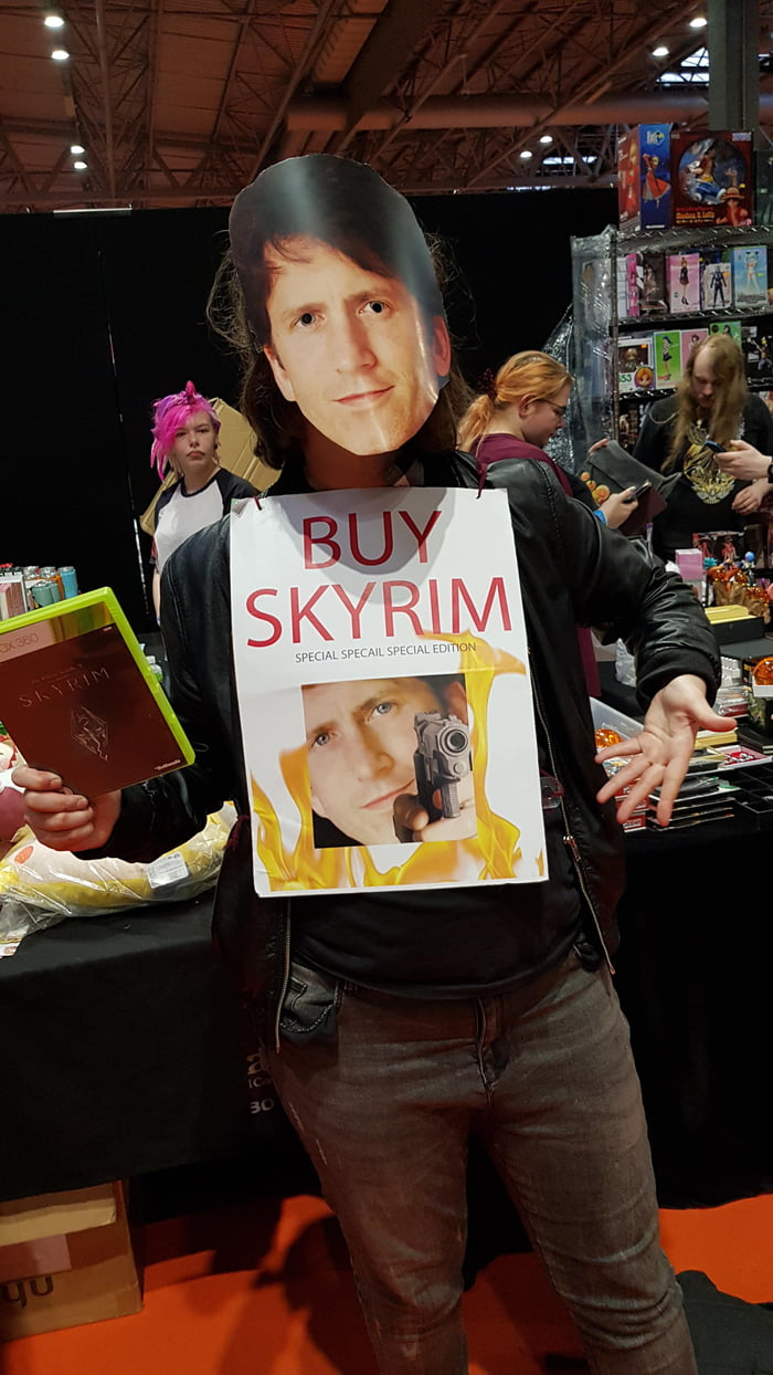 Saw the best cosplay at MCM on saturday - 9GAG