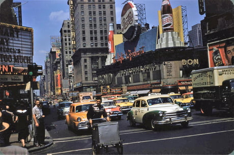 New York Times Square: July 1956. I decided to scan my grandfathers kodachrome slides. No filters, no photoshop!