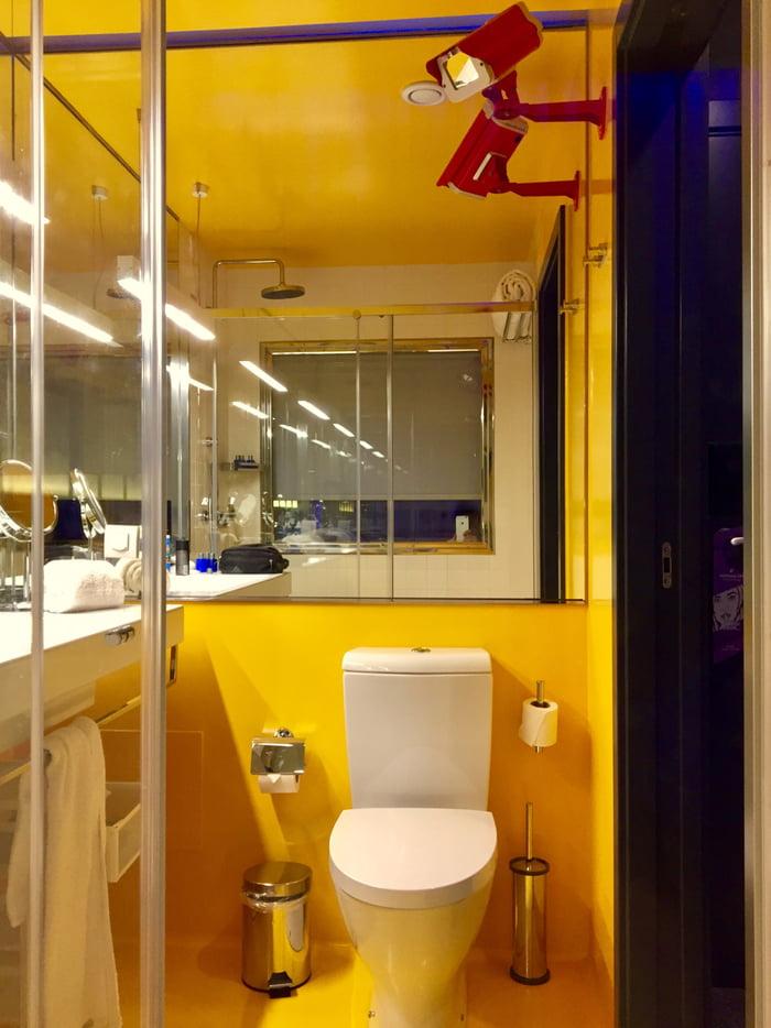 Bathroom in hotel pestana cr7 madeira cristiano ronaldo for Bathroom 9gag