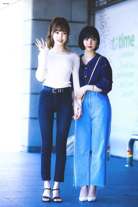 Yuju & Eunha - 9GAG
