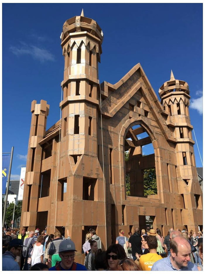 Handmade cardboard castle made by the public in galway for Castle made out of cardboard
